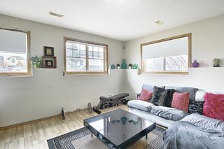Photo 4: 37 Everstone Avenue SW in Calgary: Evergreen Detached for sale : MLS®# A1102221