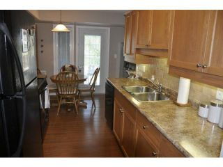 Photo 3: 873 Waverley Street in WINNIPEG: River Heights / Tuxedo / Linden Woods Condominium for sale (South Winnipeg)  : MLS®# 1218320