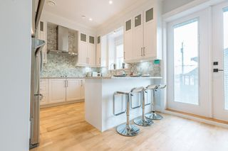 Photo 8: 3066 E 7TH AVENUE in Vancouver: Renfrew VE House for sale (Vancouver East)  : MLS®# R2237779