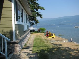 Photo 1: 1217 Dieppe Rd in Sorrento: House for sale : MLS®# 10235707