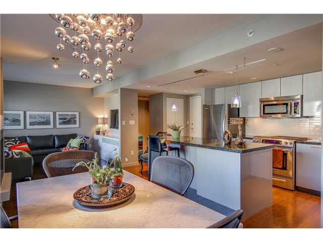 """Photo 4: Photos: 110 1288 CHESTERFIELD Avenue in North Vancouver: Central Lonsdale Condo for sale in """"ALINA"""" : MLS®# V1065611"""