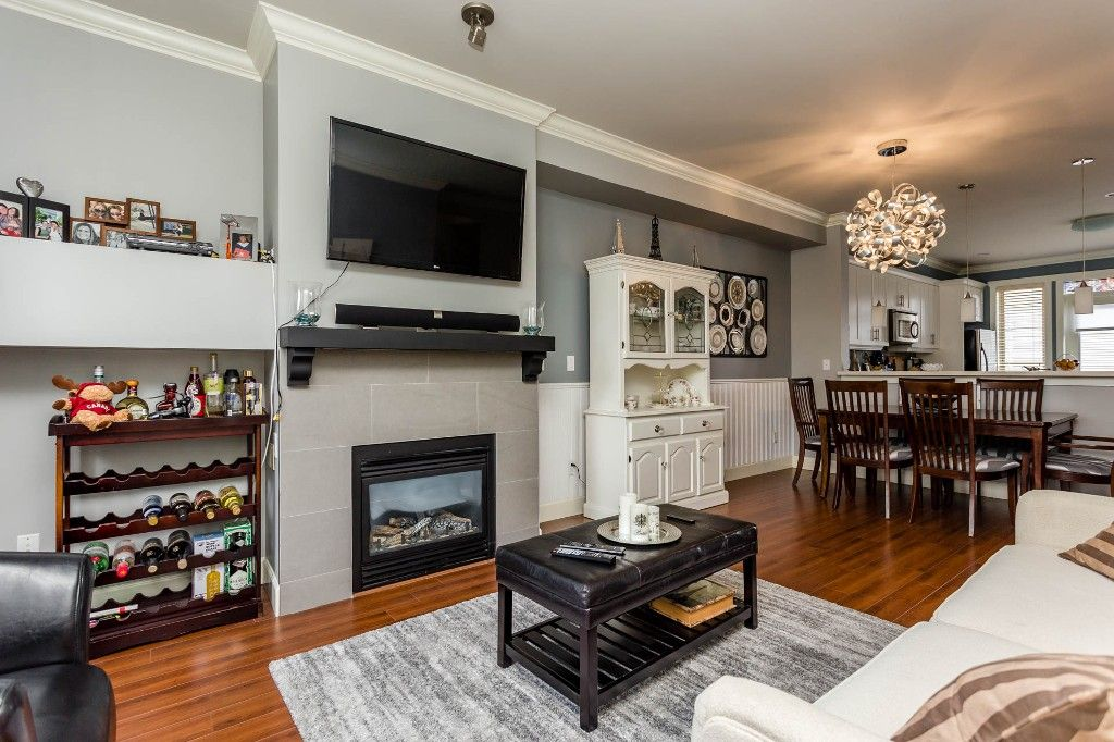Photo 7: Photos: 8 19560 68 Avenue in Surrey: Clayton Townhouse for sale : MLS®# R2179592