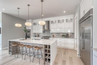 Photo 10: 2107 Mackay Road NW in Calgary: Montgomery Detached for sale : MLS®# A1092955