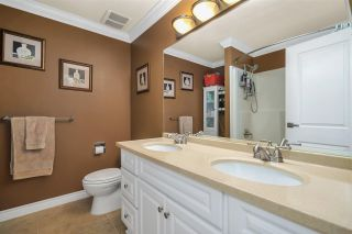 """Photo 19: 46 5850 177B Street in Surrey: Cloverdale BC Townhouse for sale in """"Dogwood Gardens"""" (Cloverdale)  : MLS®# R2577262"""