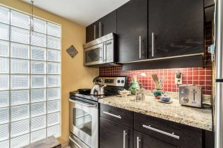 Photo 2: 2064 CYPRESS Street in Vancouver: Kitsilano Townhouse for sale (Vancouver West)  : MLS®# R2156796
