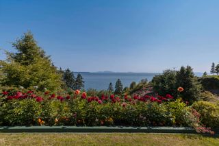 """Photo 22: 13576 13A Avenue in Surrey: Crescent Bch Ocean Pk. House for sale in """"Waterfront Ocean Park"""" (South Surrey White Rock)  : MLS®# R2606247"""