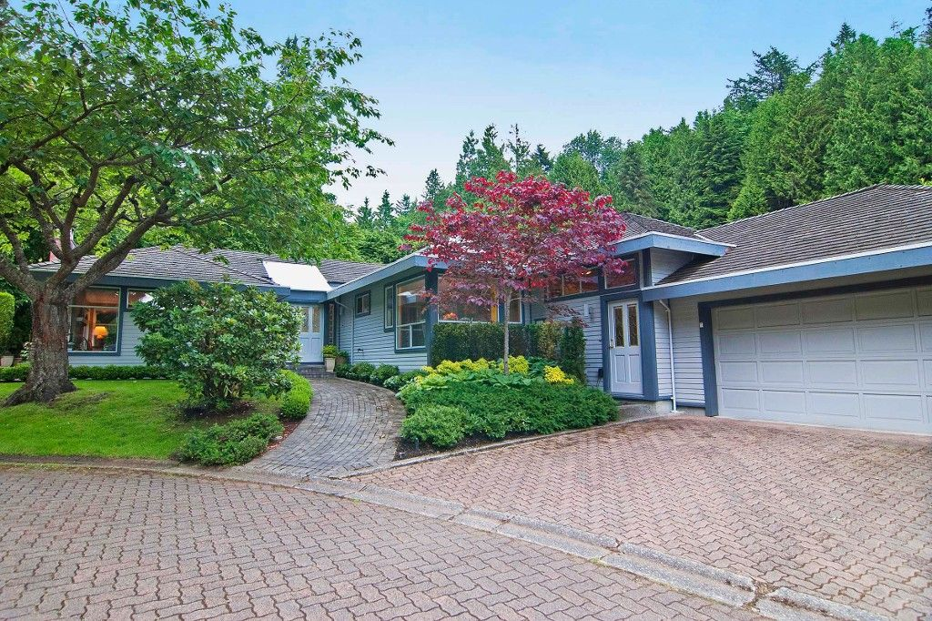 """Photo 1: Photos: 6975 ODLUM Court in West Vancouver: Whytecliff House for sale in """"ROCKWOOD ESTATES"""" : MLS®# V1071250"""