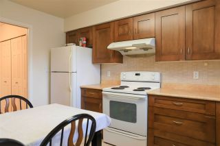 """Photo 10:  in Richmond: Brighouse Condo for sale in """"THE OASIS"""" : MLS®# R2407449"""