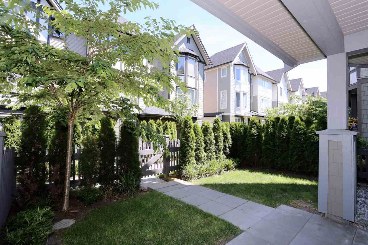 """Photo 18: Photos: 126 8138 204 Street in Langley: Willoughby Heights Townhouse for sale in """"Ashbury  & Oak"""" : MLS®# R2398814"""