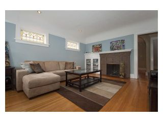 """Photo 3: 2356 CHARLES Street in Vancouver: Grandview VE House for sale in """"COMMERCIAL DRIVE"""" (Vancouver East)  : MLS®# V826451"""