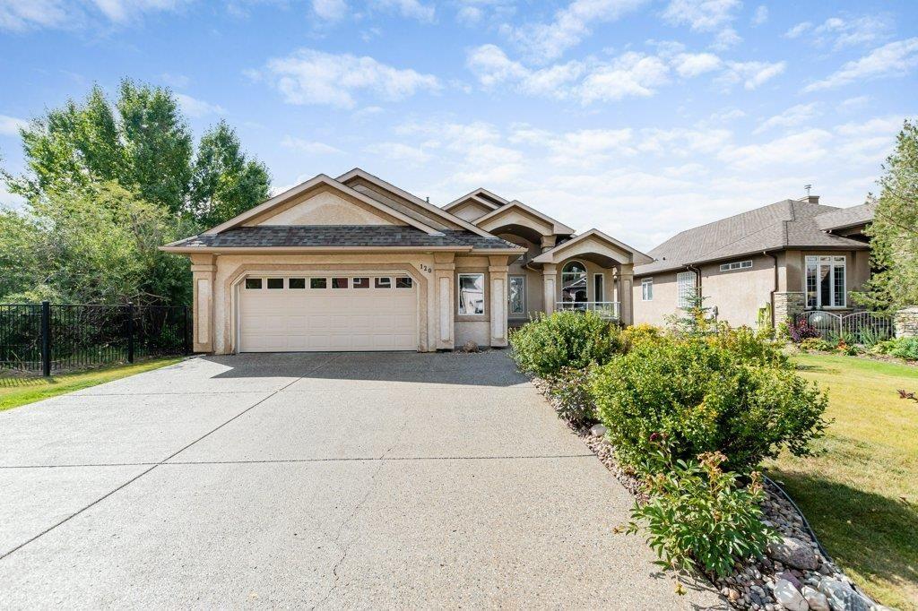 Main Photo: 120 HAWKSTONE Landing: Sherwood Park House for sale : MLS®# E4260429