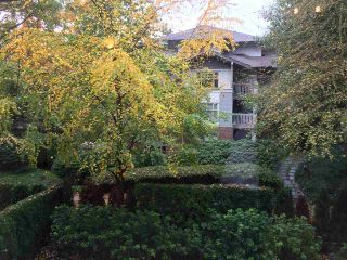 """Photo 16: 211 2083 W 33RD Avenue in Vancouver: Quilchena Condo for sale in """"DEVONSHIRE HOUSE"""" (Vancouver West)  : MLS®# R2115581"""