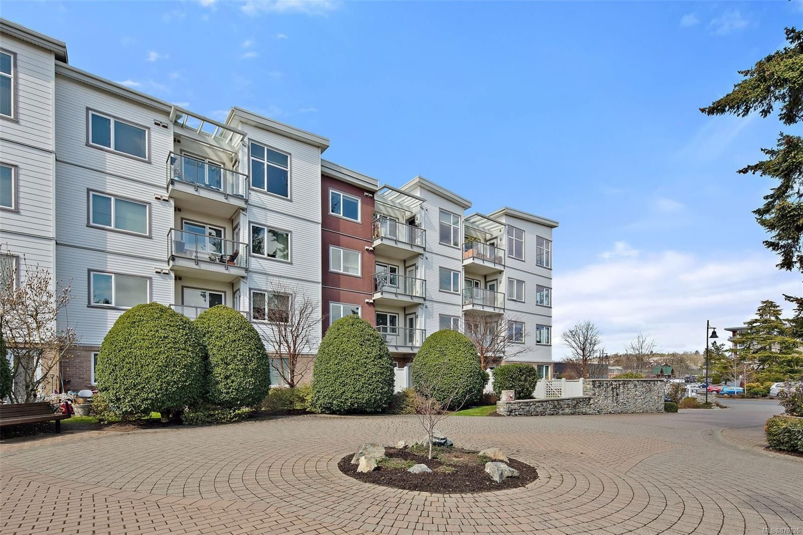 Main Photo: 211 4394 West Saanich Rd in : SW Royal Oak Condo for sale (Saanich West)  : MLS®# 870126