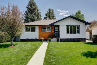 Main Photo: 22 42 Street SW in Calgary: Wildwood Detached for sale : MLS®# A1128757