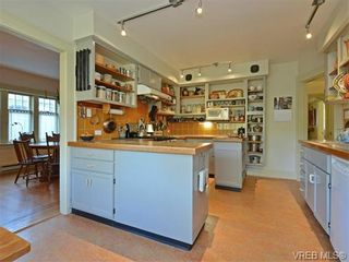 Photo 6: 1332 Carnsew St in VICTORIA: Vi Fairfield West House for sale (Victoria)  : MLS®# 744346