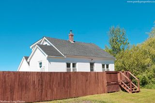 Photo 2: 13188 Highway 1 in Lockhartville: 404-Kings County Residential for sale (Annapolis Valley)  : MLS®# 202114026