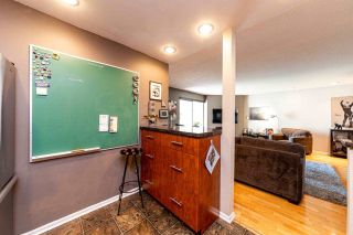 """Photo 10: 2201 33 CHESTERFIELD Place in North Vancouver: Lower Lonsdale Condo for sale in """"Harbourview Park"""" : MLS®# R2549622"""