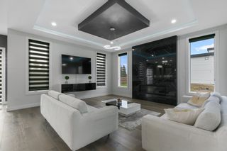 Photo 8: 2739 WHEATON Drive in Edmonton: Zone 56 House for sale : MLS®# E4264140