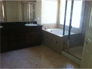 Photo 17: EAST ESCONDIDO House for sale : 3 bedrooms : 273 Oak Valley in Escondido