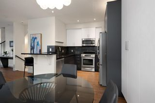 Photo 6: 2 716 56 Avenue SW in Calgary: Windsor Park Row/Townhouse for sale : MLS®# A1151316