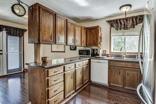 Photo 7: 8 Woodborough Place SW in Calgary: Woodbine Detached for sale : MLS®# C4263304