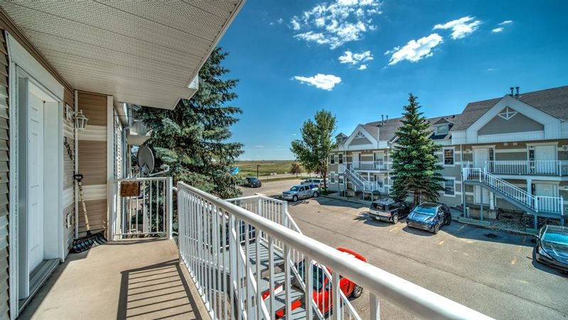 FEATURED LISTING: 423 - 103 Strathaven Drive Strathmore