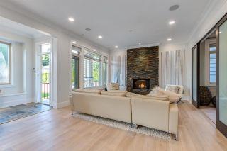 "Photo 13: 2335 W 14 Avenue in Vancouver: Kitsilano House for sale in ""Kitsilano"" (Vancouver West)  : MLS®# R2467981"