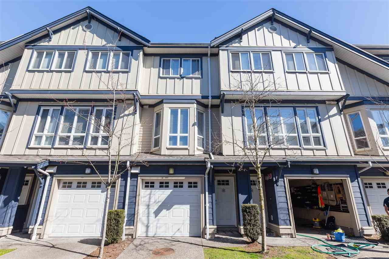 Main Photo: 37 160 PEMBINA STREET in : Queensborough Townhouse for sale : MLS®# R2479508