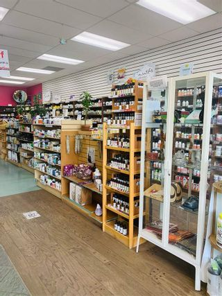Photo 5: 520 1200 HUNTER Place in Squamish: Downtown SQ Business for sale : MLS®# C8038850