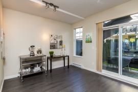 """Photo 7: 44 1338 HAMES Crescent in Coquitlam: Burke Mountain Townhouse for sale in """"FARRINGTON PARK"""" : MLS®# R2048770"""