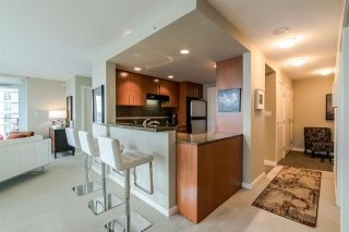 """Photo 10: 2103 583 BEACH Crescent in Vancouver: Yaletown Condo for sale in """"PARK WEST TWO"""" (Vancouver West)  : MLS®# R2361220"""