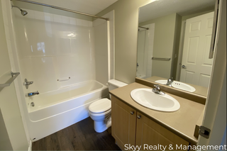 Photo 4: 636 McAllister Loop in Edmonton: Condo for rent