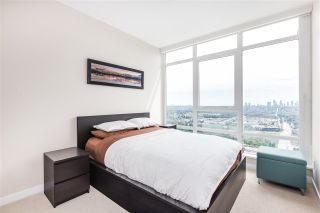 """Photo 12: 4301 4485 SKYLINE Drive in Burnaby: Brentwood Park Condo for sale in """"SOLO DISTRICT"""" (Burnaby North)  : MLS®# R2390443"""