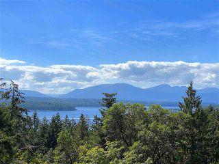 Photo 1: 330 DEVINA Road: Galiano Island House for sale (Islands-Van. & Gulf)  : MLS®# R2492284