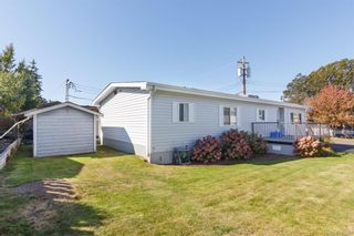Photo 20: 5 1536 Middle Rd in View Royal: VR Glentana Manufactured Home for sale : MLS®# 775203
