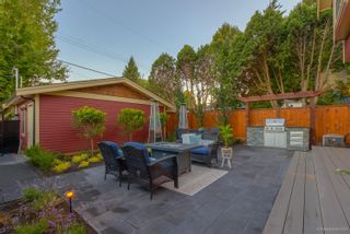 Photo 2: 1236 E 19TH Avenue in Vancouver: Knight 1/2 Duplex for sale (Vancouver East)  : MLS®# R2603071
