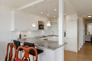 Photo 13: 1102 250 Douglas St in : Vi James Bay Condo for sale (Victoria)  : MLS®# 880331
