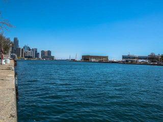 Photo 9: 502 650 W Queens Quay in Toronto: Niagara Condo for sale (Toronto C01)  : MLS®# C3484743
