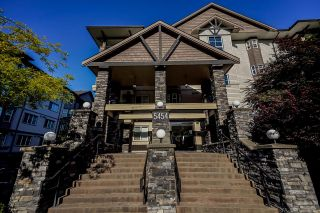"Photo 3: 405 5454 198 Street in Langley: Langley City Condo for sale in ""Brydon Walk"" : MLS®# R2599125"