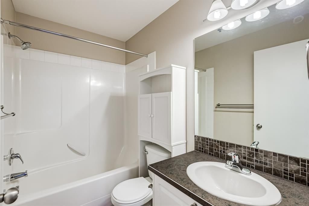 Photo 27: Photos: 204 1000 Applevillage Court SE in Calgary: Applewood Park Apartment for sale : MLS®# A1121312
