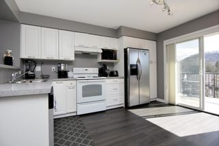 """Photo 8: 55 4401 BLAUSON Boulevard in Abbotsford: Abbotsford East Townhouse for sale in """"SAGE AT AUGUSTON"""" : MLS®# R2252535"""