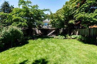 """Photo 20: 201 E 19TH Street in North Vancouver: Central Lonsdale House for sale in """"Finlay's Row"""" : MLS®# R2591250"""