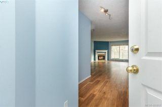Photo 6: 207 2710 Grosvenor Rd in VICTORIA: Vi Oaklands Condo for sale (Victoria)  : MLS®# 801865