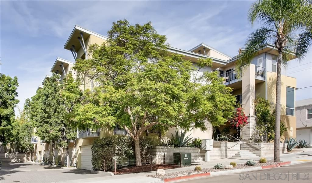Main Photo: NORTH PARK Townhouse for sale : 3 bedrooms : 2606 Lincoln Ave in San Diego