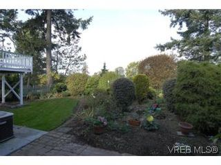 Photo 18: 2882 Wyndeatt Ave in VICTORIA: SW Gorge House for sale (Saanich West)  : MLS®# 516813