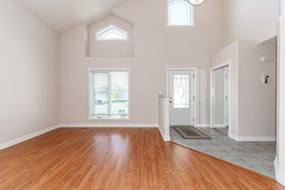 Photo 7: 471 OZERNA Road in Edmonton: Zone 28 House for sale : MLS®# E4252419