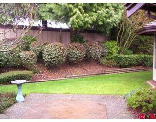 """Photo 3: 1 1842 SOUTHMERE Crescent in White Rock: Sunnyside Park Surrey Townhouse for sale in """"South Pointe On the Park"""" (South Surrey White Rock)  : MLS®# F2706677"""