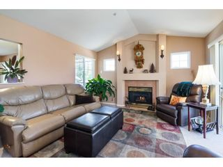 """Photo 9: 41 20222 96 Avenue in Langley: Walnut Grove Townhouse for sale in """"Windsor Gardens"""" : MLS®# R2597254"""