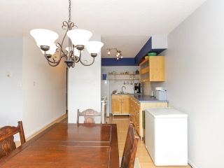 """Photo 10: 205 910 FIFTH Avenue in New Westminster: Uptown NW Condo for sale in """"Grosvenor Court"""" : MLS®# R2426702"""