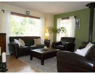 """Photo 6: 91 CLARK Road in Gibsons: Gibsons & Area House for sale in """"SUNNYSIDE"""" (Sunshine Coast)  : MLS®# V761169"""